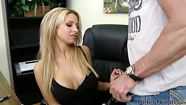 Natalie Vegas fucks Peter North 'cause she's eager to taste his cum