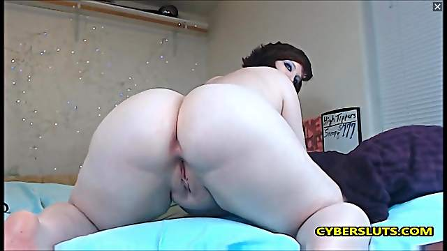 Chubby EMO Girl riding dildo in reverse cowgirl