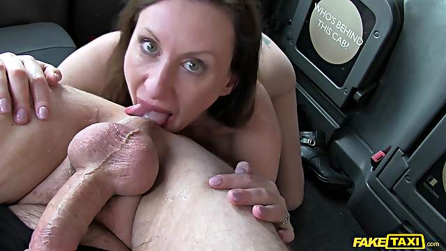 Lara Latex gives a rimjob to the taxi driver and he fucks her