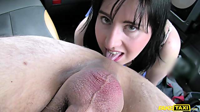 Fat slut Dorothy Calliaro gets fucked by the horny taxi driver