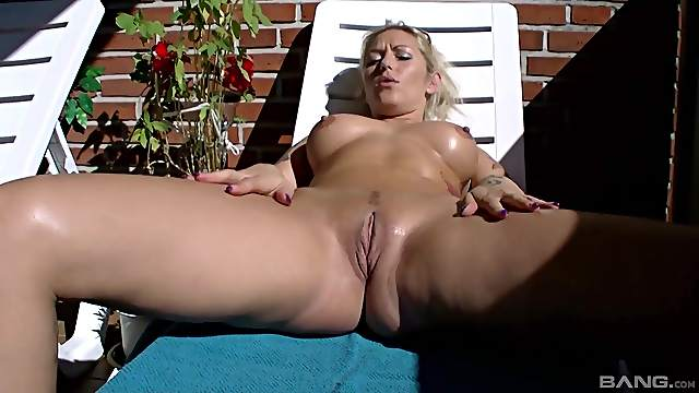 Lonatelo porn lina Beste Lina