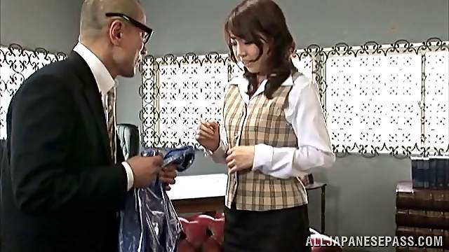 Sultry Japanese amateur gets seduced then pounded hardcore
