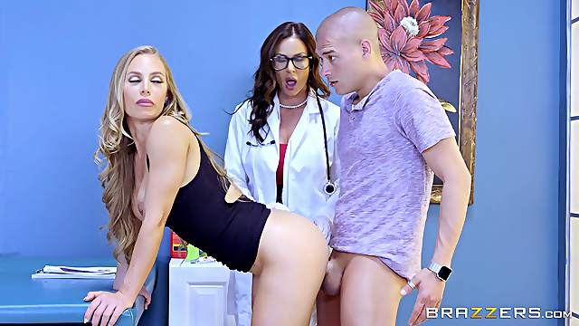 Pair of experienced ladies giving the guy a proper threesome treatment