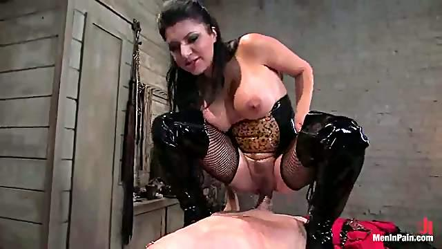 Insatiable Dominatrix Gets Her Slave Exhausted. Call The Police!