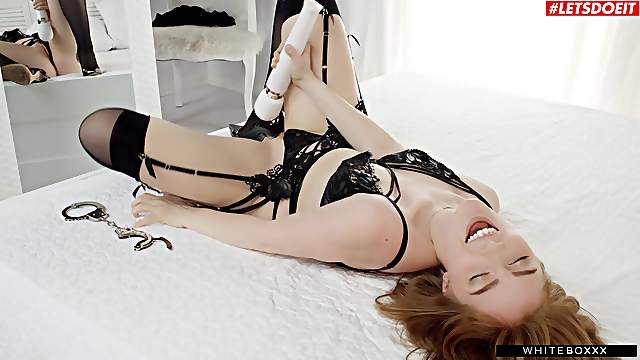 Charming Jia Lissa warms up with a vibrator before riveting sex