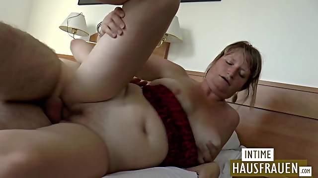 Mom gets fucked