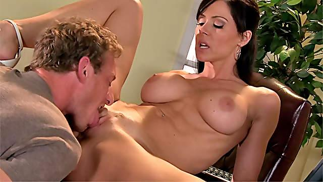 Glamorous milf Kendra Lust porn scene