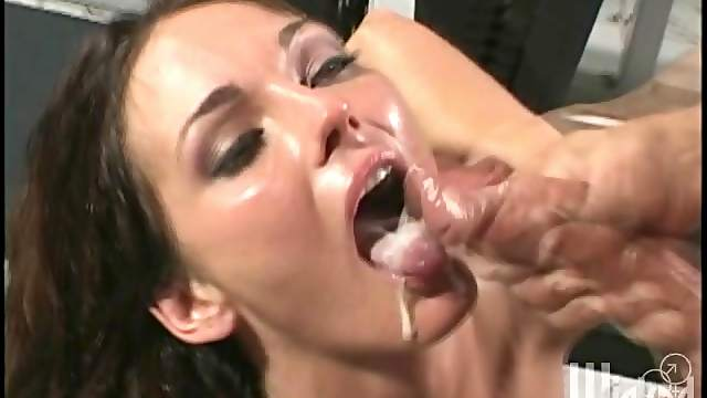 Rough sex leaves Venus with a mouthful of creamy cum