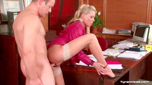 CFNM office sex with gorgeous blonde girl