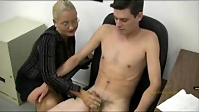 Business chick has him strip for a handjob