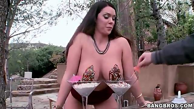 Big sexy titties dipped in chocolate sauce
