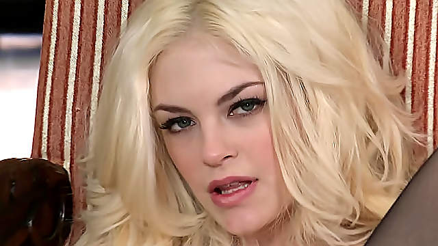 Gorgeous blonde Bree is ready for some action