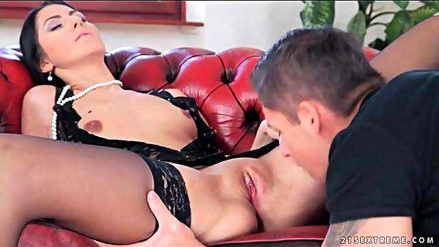Erotic eating out and fucking with lingerie girl
